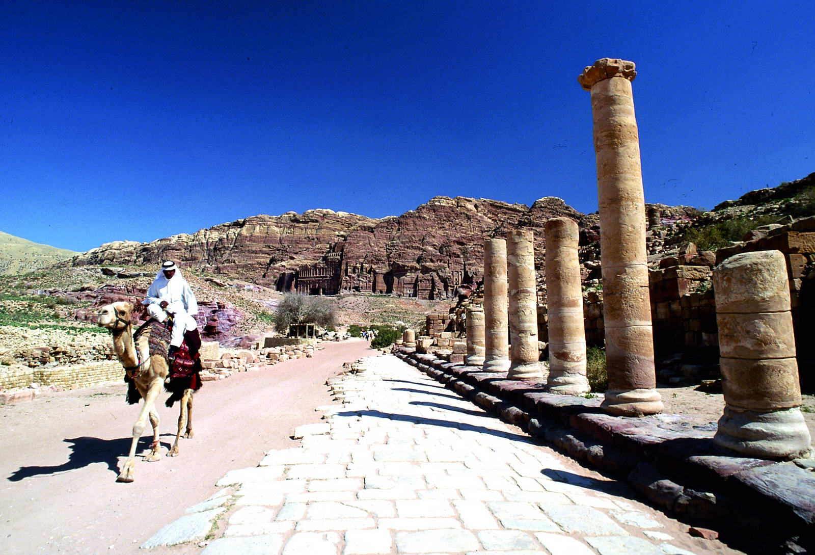 Lecture Offers Peek into Nabataean Presence on Dead Sea Shores
